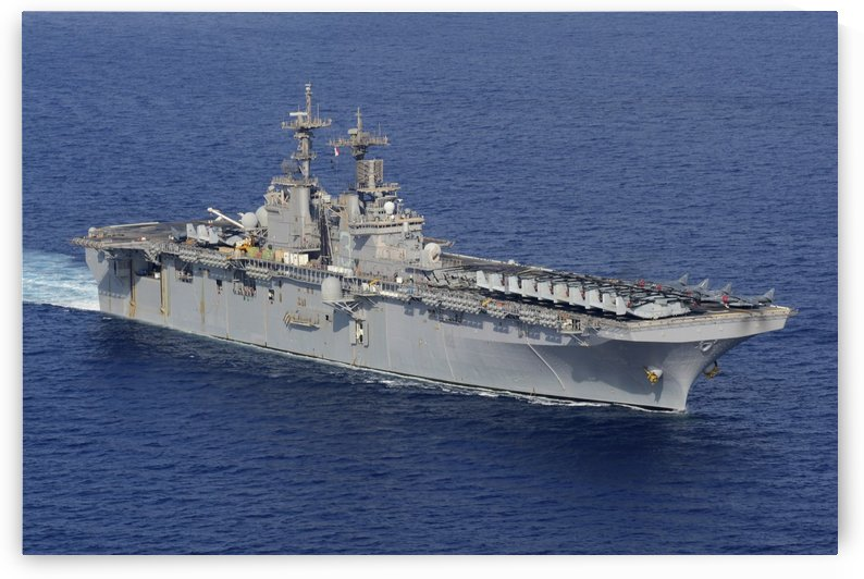 Amphibious assault ship USS Kearsarge conducts operations at sea. by StocktrekImages