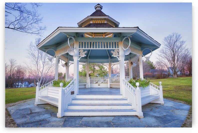 New London Gazebo by Ben Tolosa