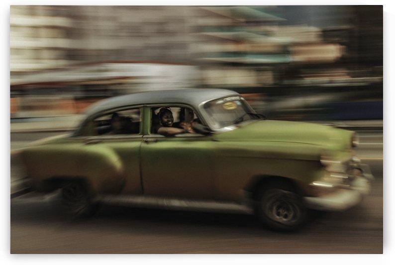 Panning Havana by 1x