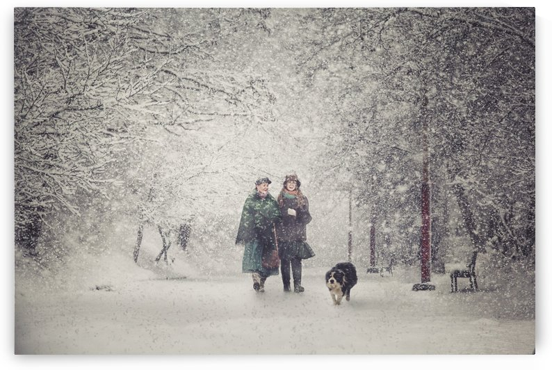 Snow storm charm by 1x