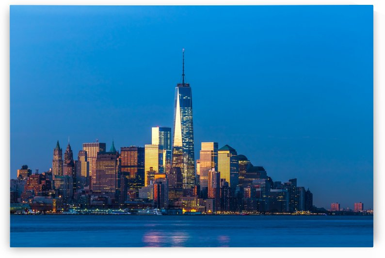 NEW YORK CITY 01 by Tom Uhlenberg