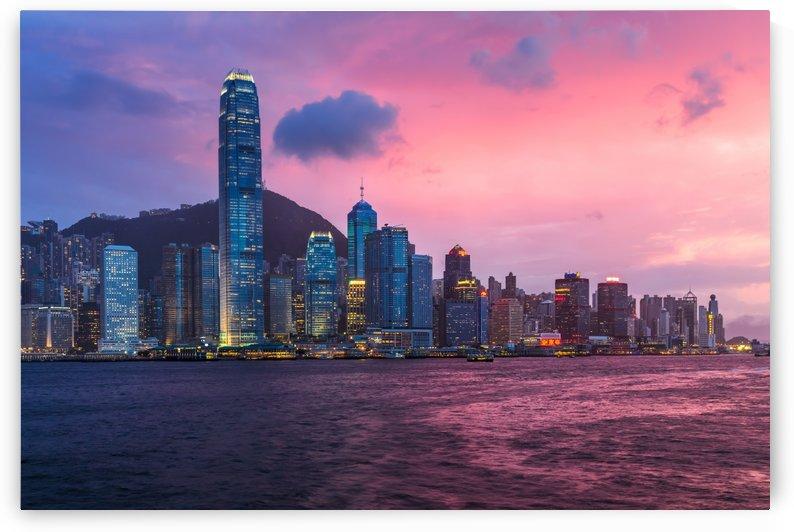 HONG KONG 04 by Tom Uhlenberg