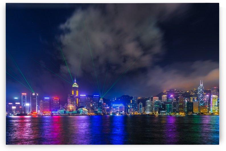 HONG KONG 21 by Tom Uhlenberg
