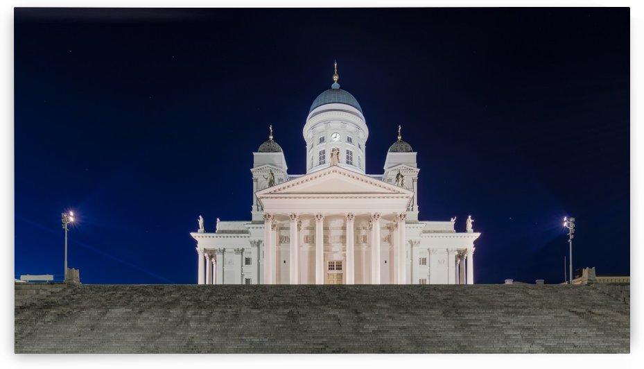 HELSINKI 02 by Tom Uhlenberg