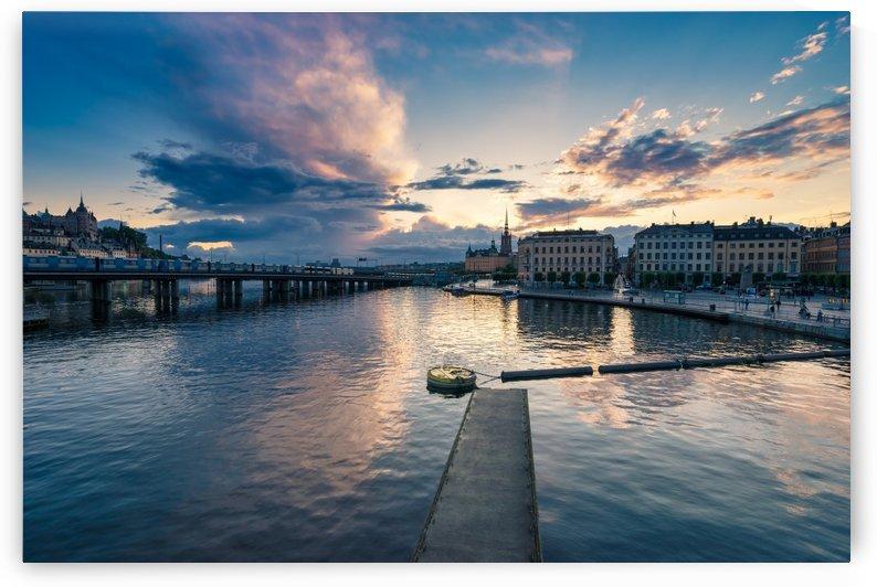 STOCKHOLM 04 by Tom Uhlenberg