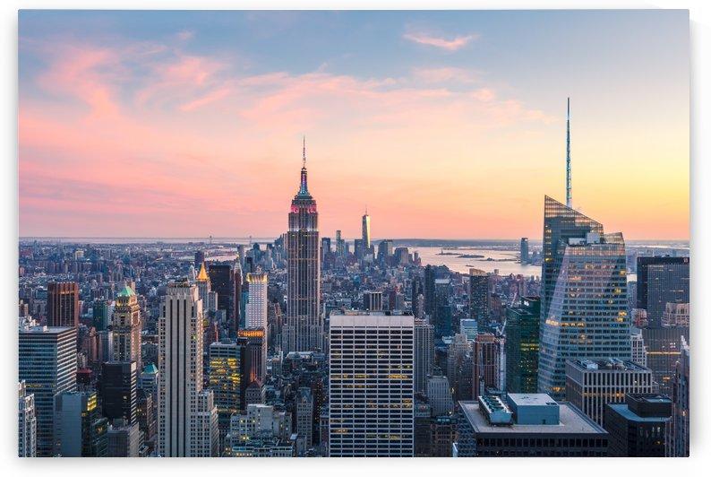NEW YORK CITY 03 by Tom Uhlenberg