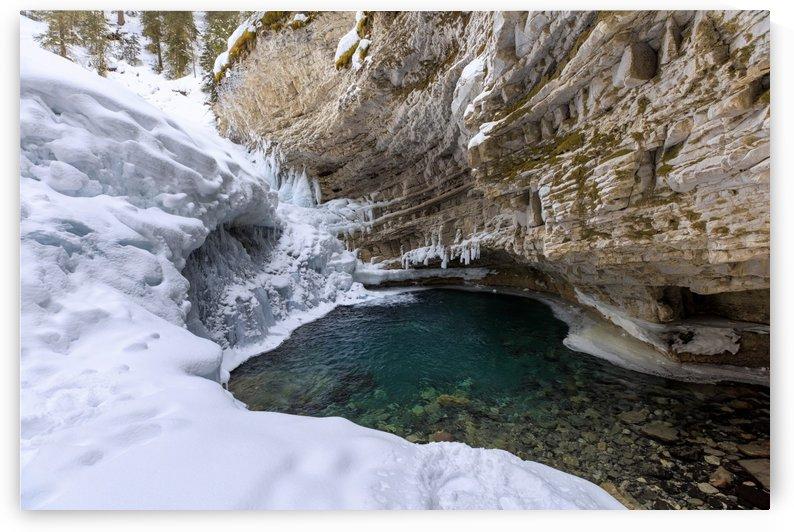 Frozen Waterfall by Alex Galiano
