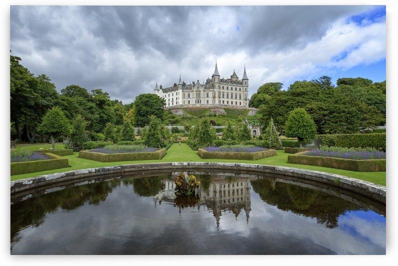 Dunrobin Castle Reflection by Alex Galiano
