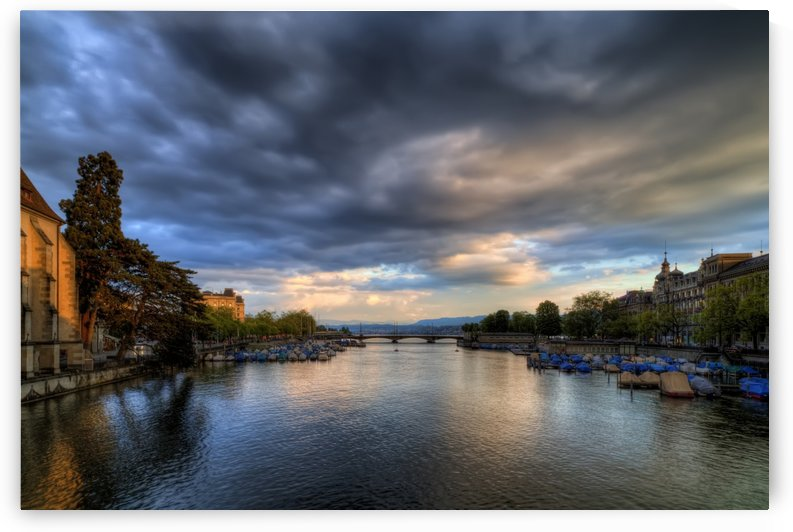 Limmat River by Alex Galiano