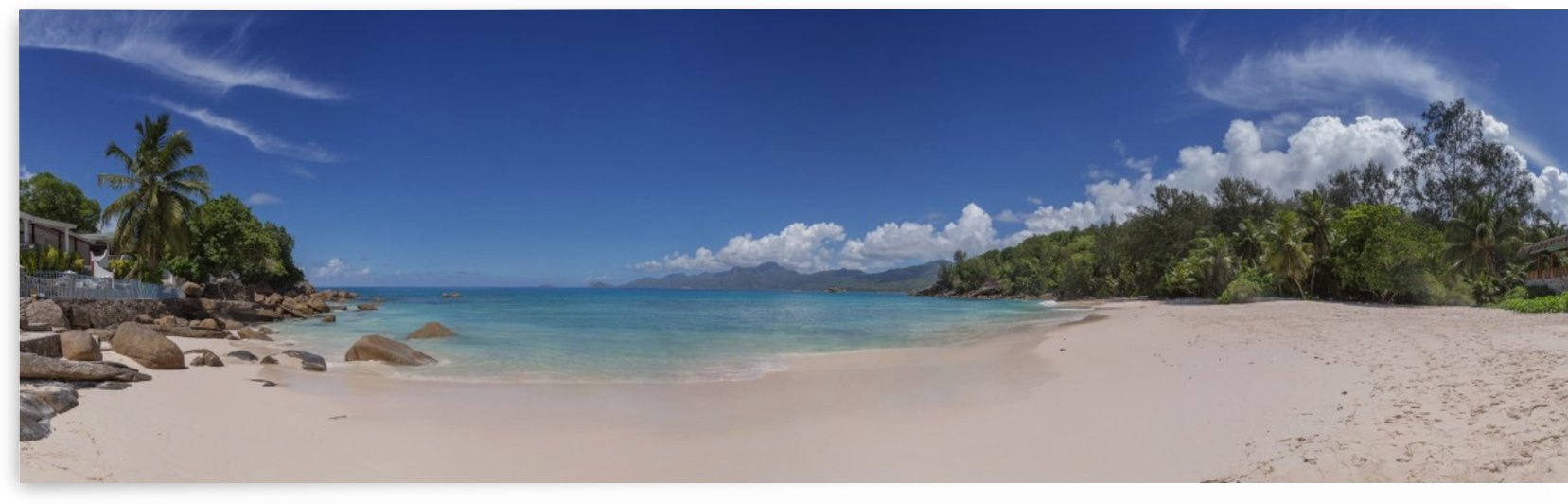 Panorama beautiful view of Seychelles by Dmiry Laudin