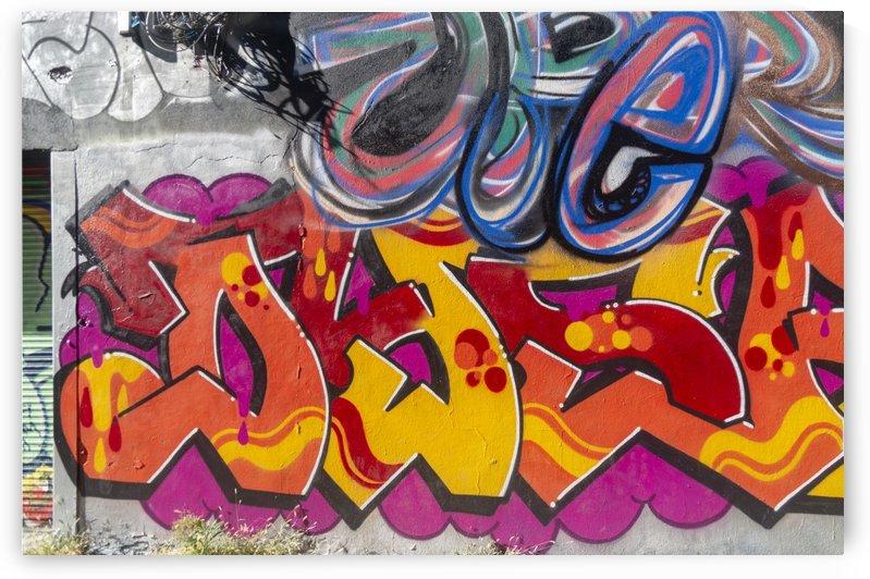 Torontos Graffiti Alley  34 by Bob Corson
