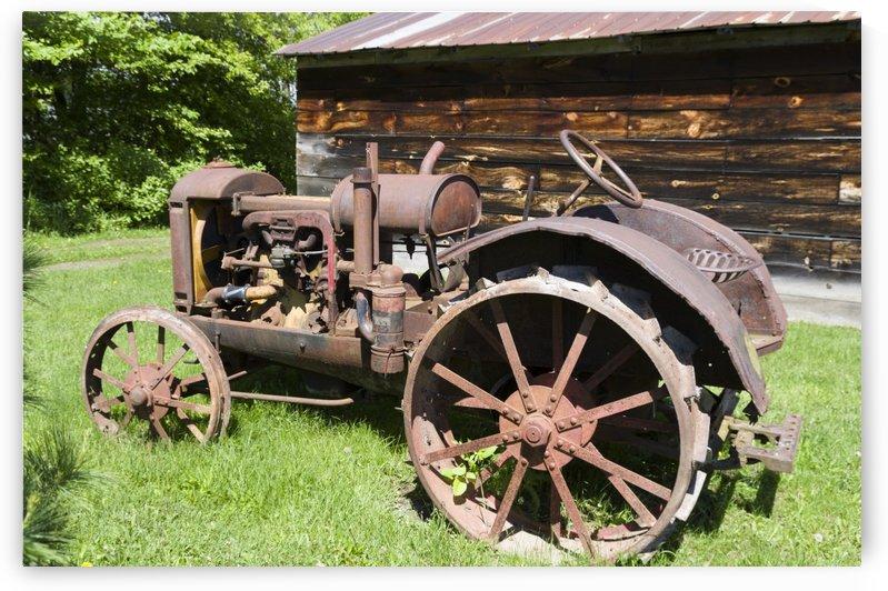 McCormick-Deering gasoline tractor 2 by Bob Corson