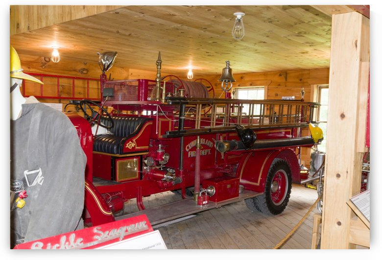 Vintage fire engine by Bob Corson