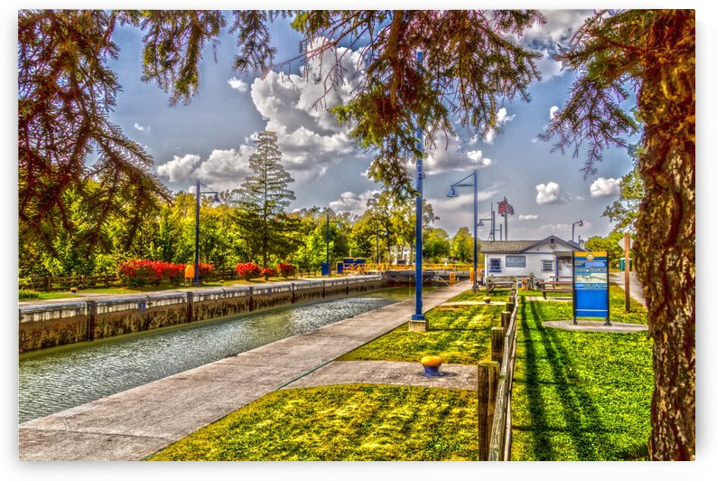 Lock 33 Park by William Norton Photography