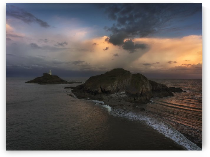 Dusk at Mumbles lighthouse by Leighton Collins