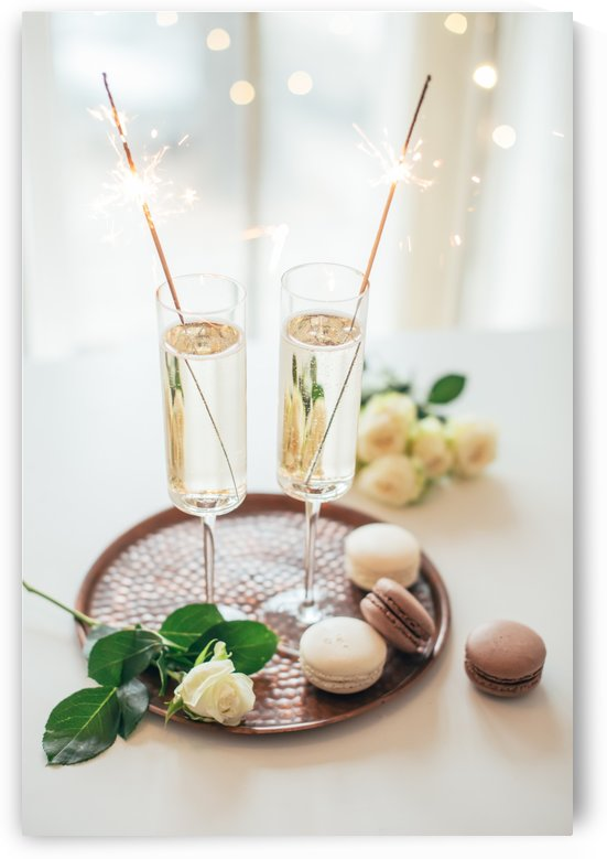 Sparkling for two by Daria Minaeva