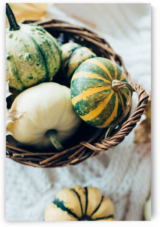 Green pumpkins by Daria Minaeva