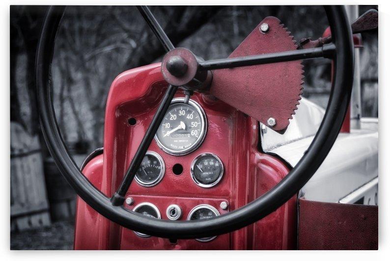 Vintage tractor by Actarus Studio