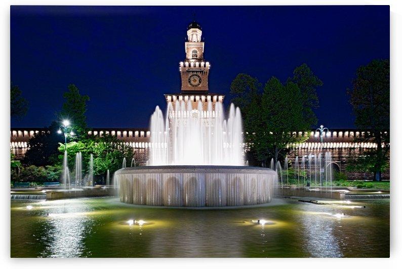 Fountain by Luigi Girola