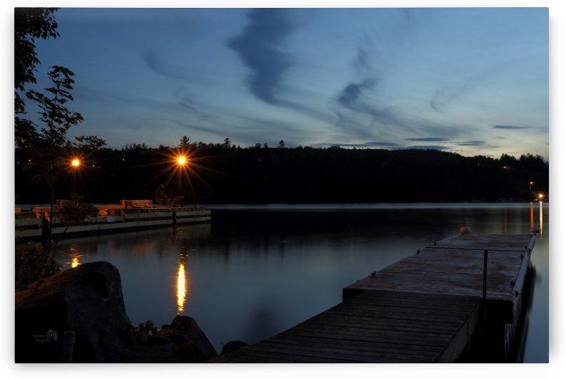Penombre au quai- Harbor twilight Harbor by Sylvain Bergeron Photographies