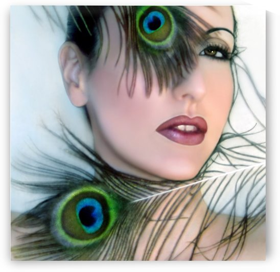Feathered Beauty by Jaeda DeWalt