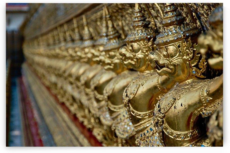 Bangkok - The Temple Guards by Hazz Brad