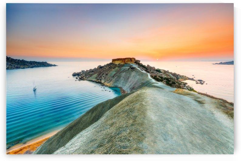 Gnejna Clayslope cliffs by Robert Zahra