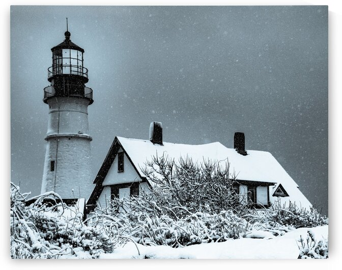 Snowing at Portland Head Lighthouse by Dave Therrien