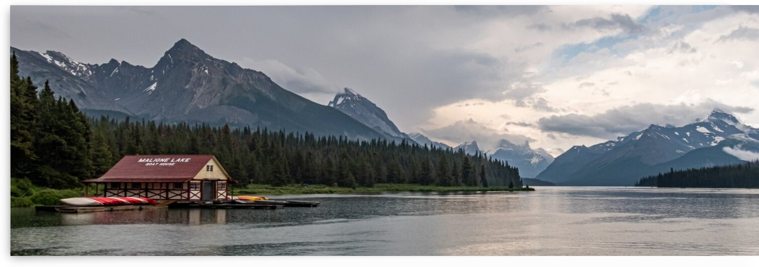 Maligne Lake 6 by Dave Therrien