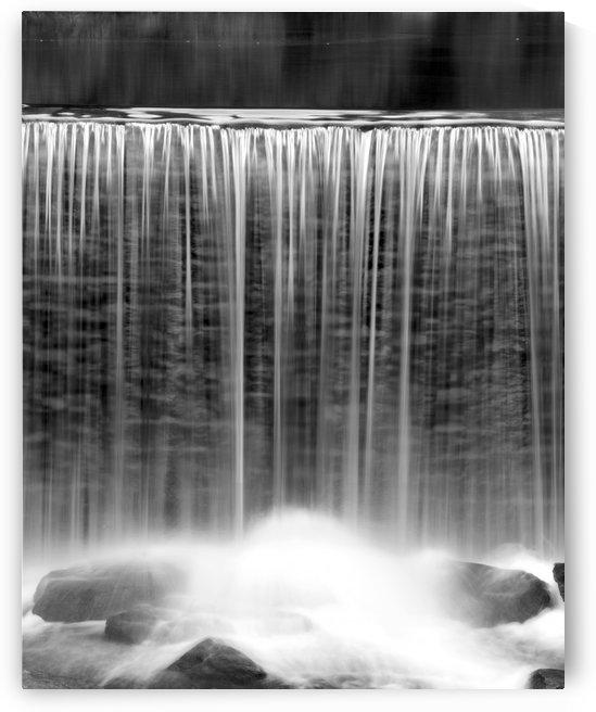 Water veil by Luigi Girola