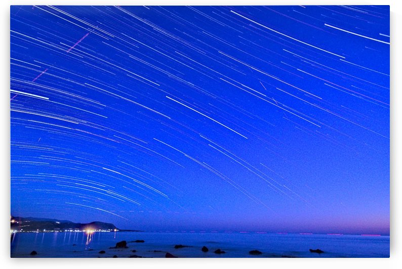 Dive of stars in the sea by Luigi Girola