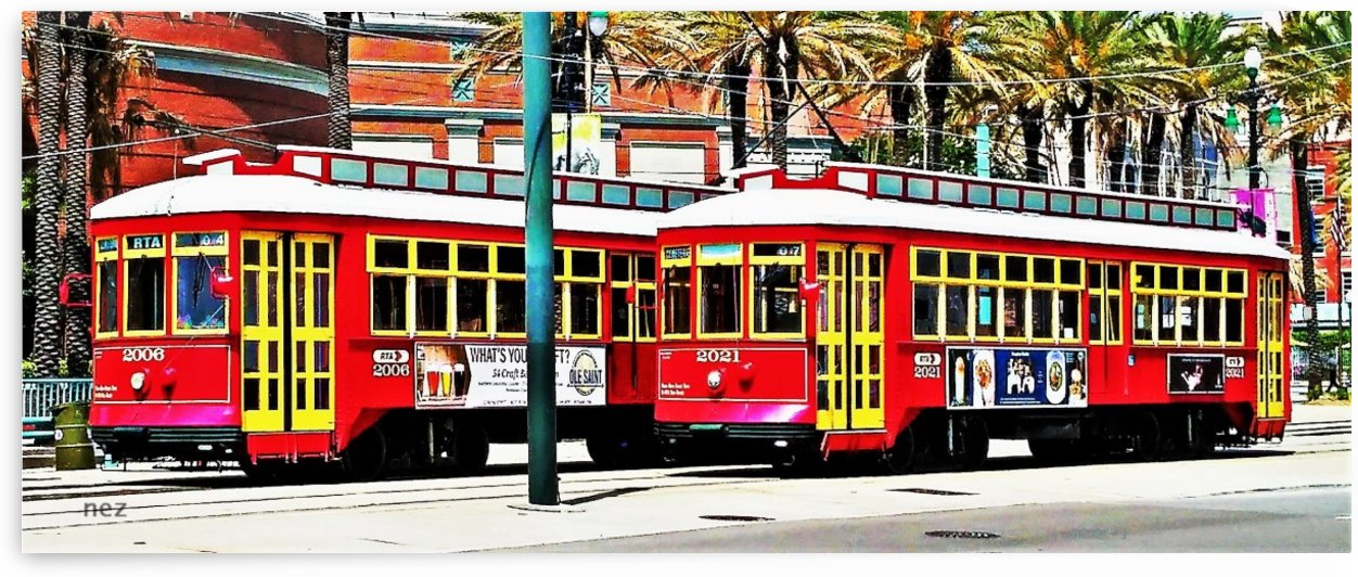 Trolley by Efrain Montanez
