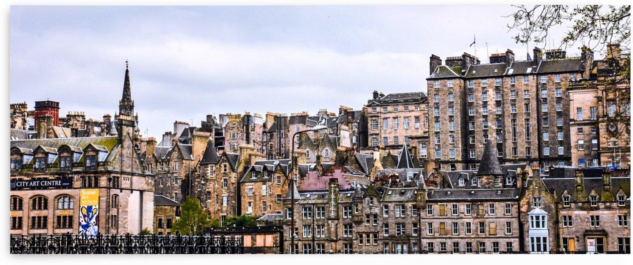 Edinburgh Skyline by Lexa Harpell