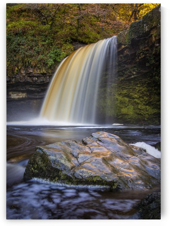 Lady Falls in full flow by Leighton Collins