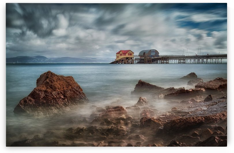 Mumbles pier in Swansea by Leighton Collins
