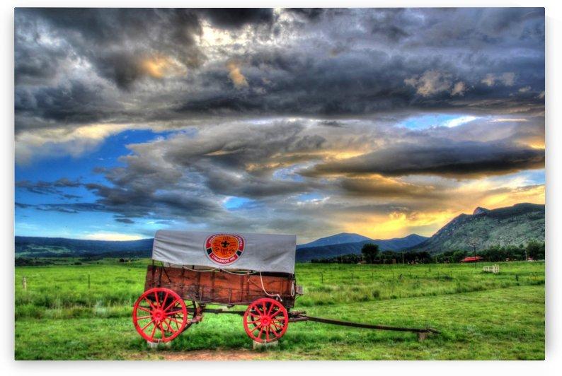 Wagon Wheel by Bob Vogt