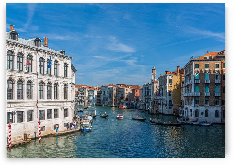 Bend in the Grand Canal by Darryl Brooks
