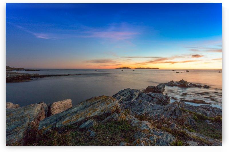 Kettle Cove by Loellen Photography