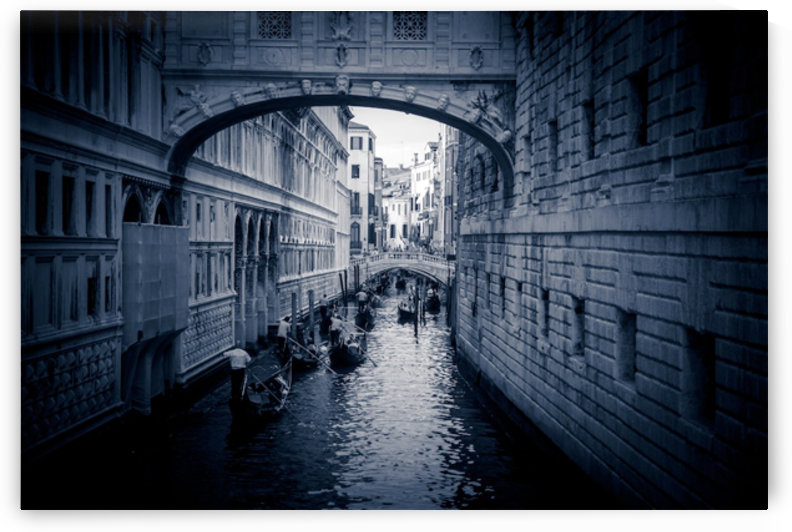 Pont de Venise by Fabien Dormoy