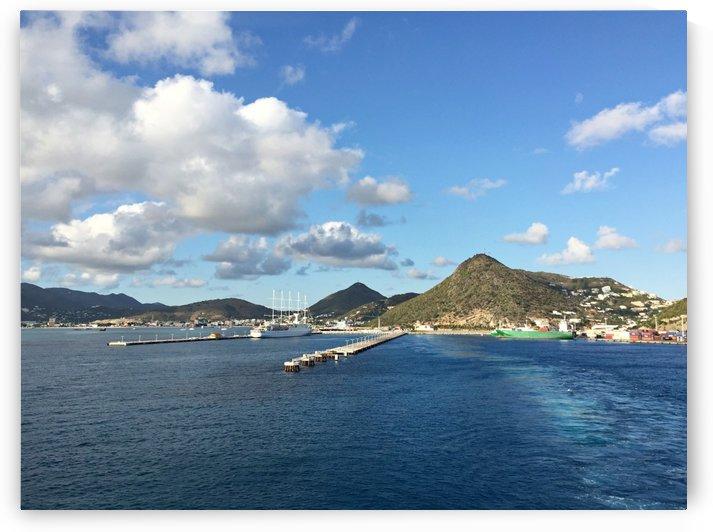 Sint Maarten waterfront by On da Raks