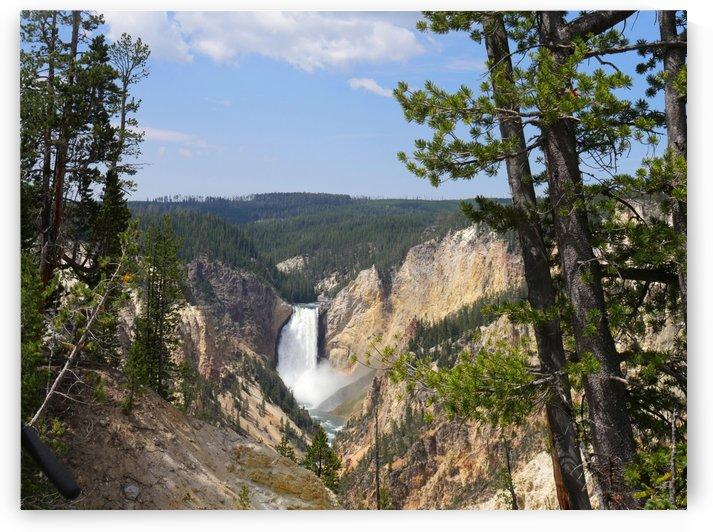 Lower Yellowstone Falls Wyoming by On da Raks