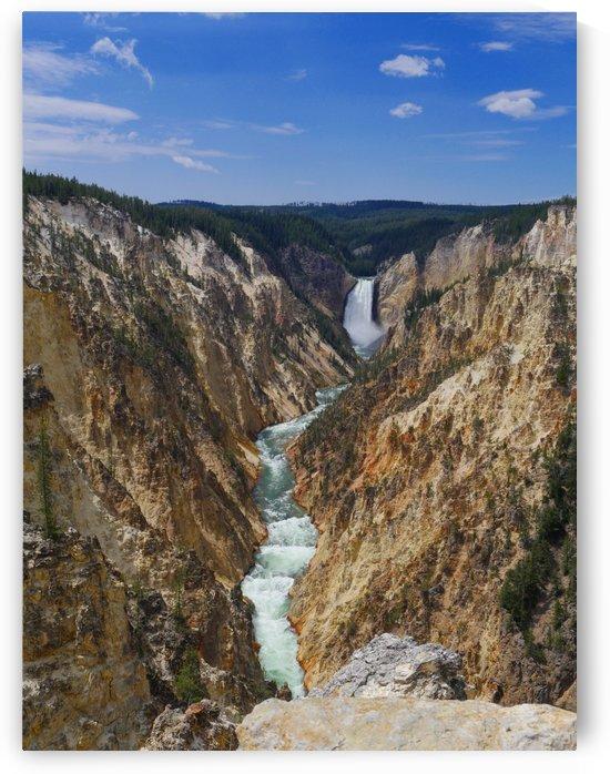 Lower Yellowstone Falls by On da Raks