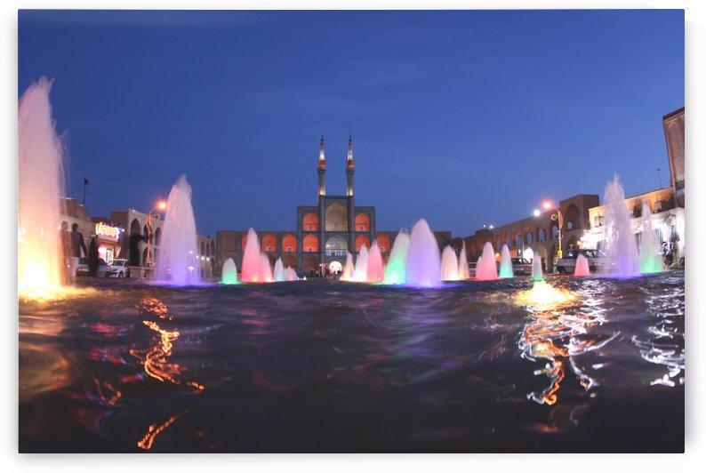 Yazd   Amir Chakhmaq by Locspics