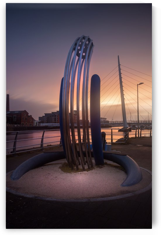 Riverside sculpture at the River Tawe by Leighton Collins