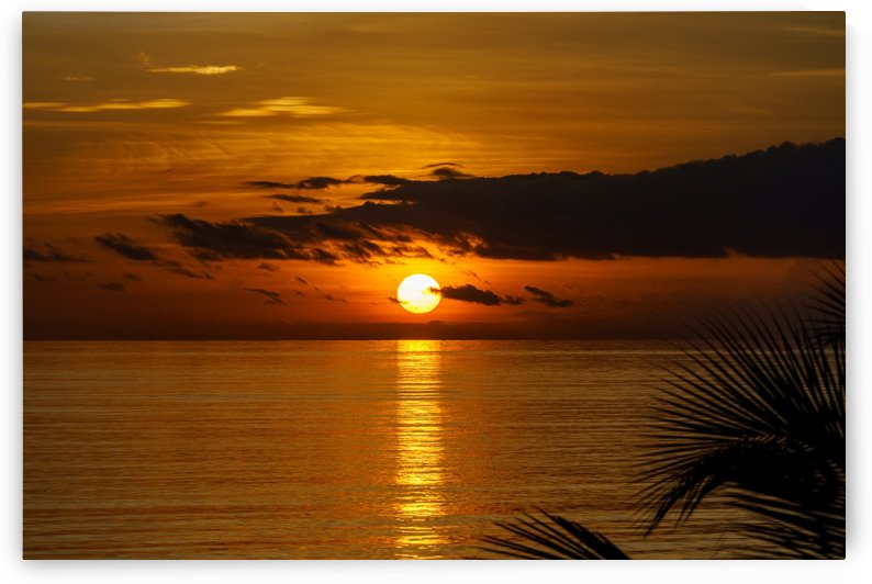 Sunrise at Cayman Kai by tommikee