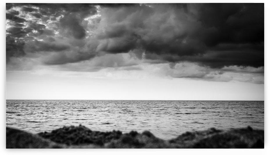 GRAY SEA by Ismael VERDOL