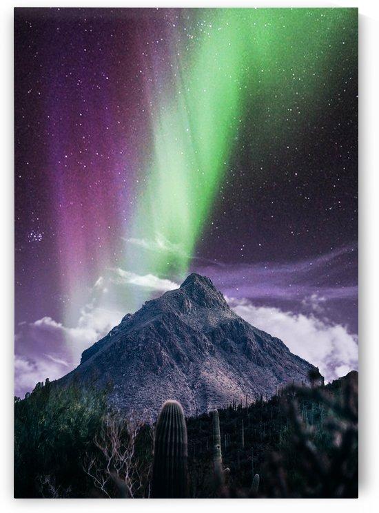Aurora Polaris Over The Peak by Okan28