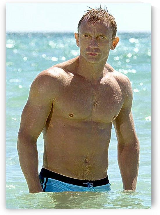 Daniel Craig by Skinuporshutup