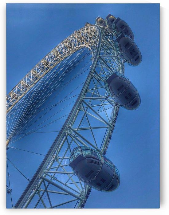 London Eye by UrbanStreetBeats