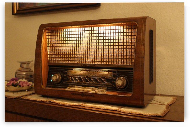 radio old retro vintage nostalgia by Shamudy